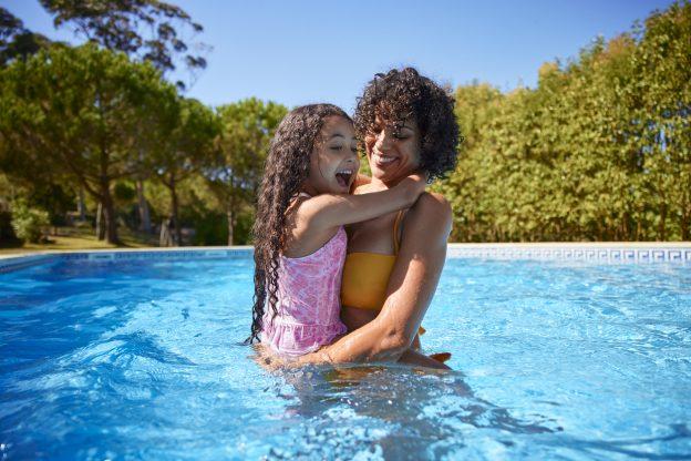 iStock 1287263558 624x416 - Aquecedor solar para piscina: conheça os benefícios